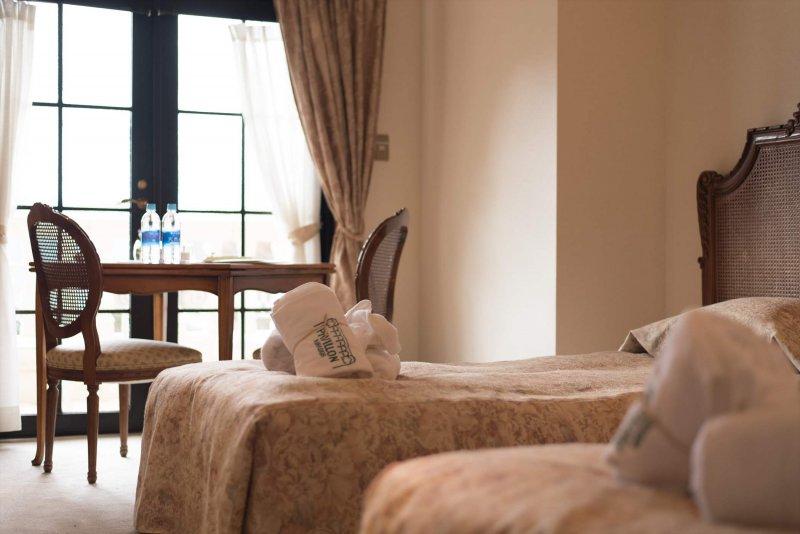 宿泊7室以上(15名以上)のご予約でパビヨンミラドー全館貸し切り